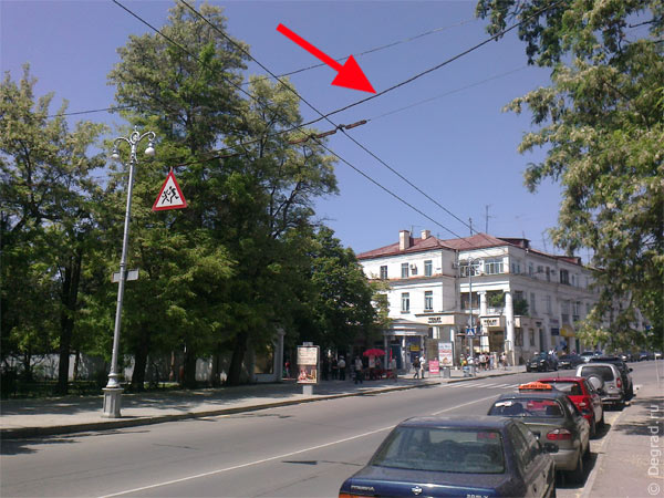 Севгорсвет изуродовал проводами Севастополь
