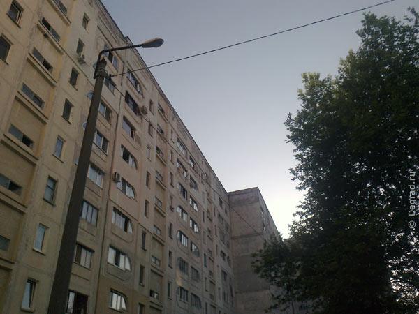 Провода на Михайловской 19. Севастополь