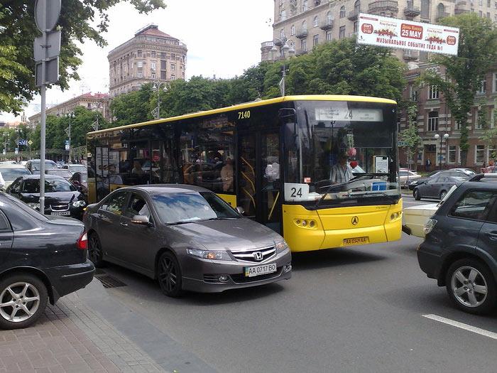 Киев автобус.