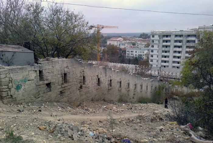 Остатки форта в Артбухте