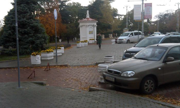 авто на пути пешеходов (1)