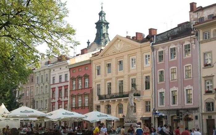 Рыночная площадь во Львове.